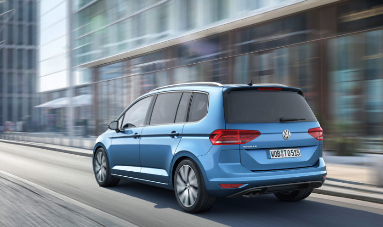 VW Touran 2021 news