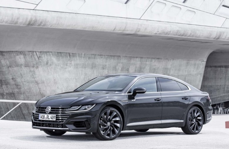 2020 VW Arteon Arteon R changes
