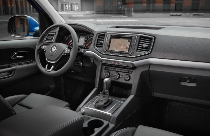 2020 VW amarok Aventura Exclusive interior 2020 VW Amarok Aventura Exclusive Release Date, Interior, Redesign