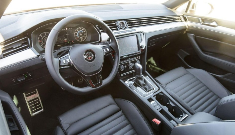 2019 VW Passat Alltrack USA Interior